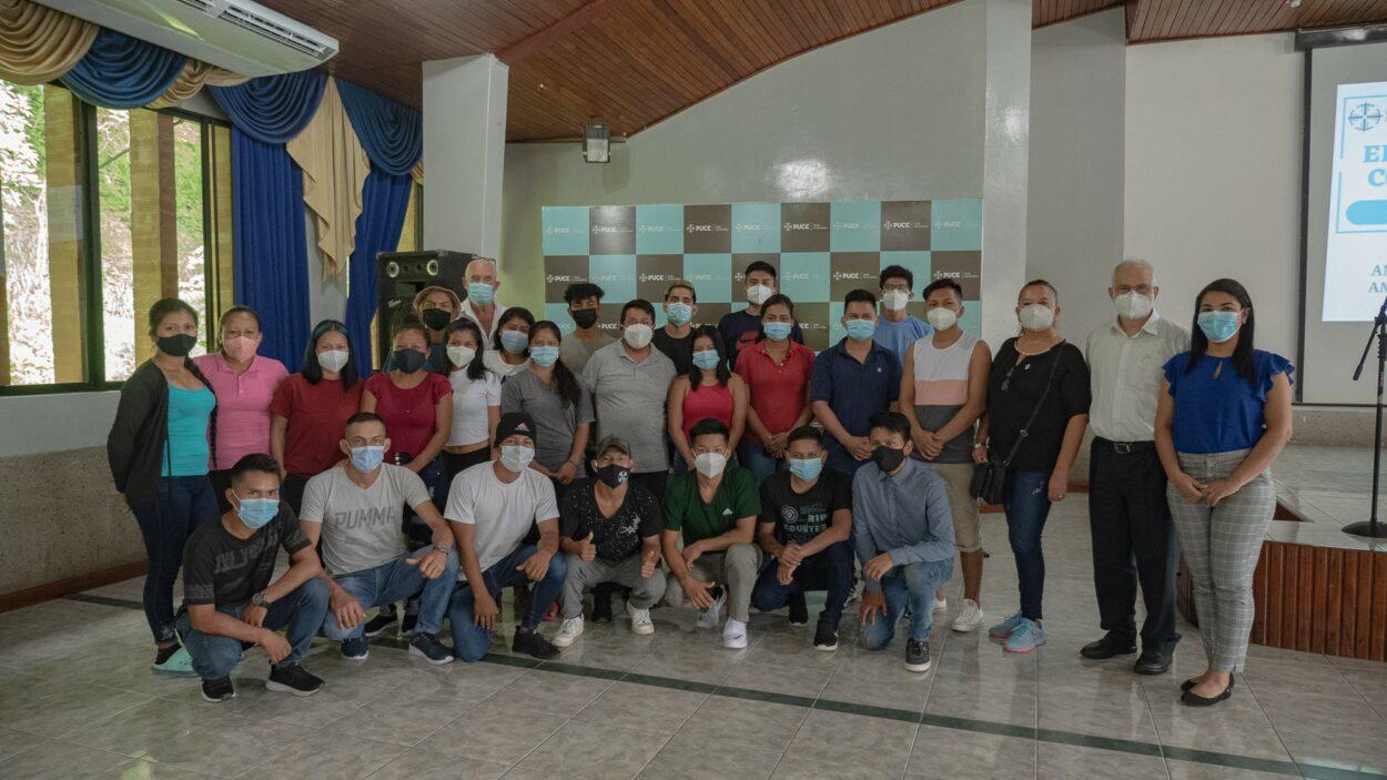 """Pucese y Cocina sin Fronteras inauguran proyecto """"El Fogón"""""""